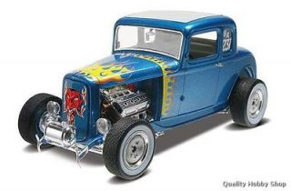 Revell 1/25 32 Ford 5 Window Coupe plastic model#4228