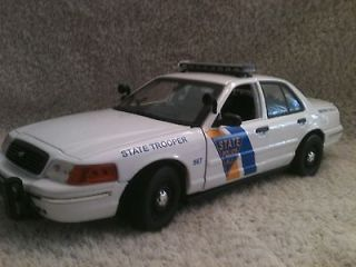 NEW JERSEY STATE POLICE UT MOTORMAX FORD CROWN VIC