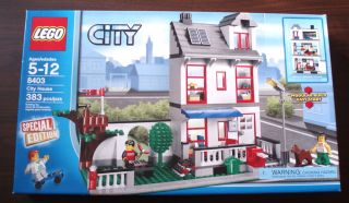 New Sealed LEGO City House Set 8403 Town Boy & Girl Minifigures