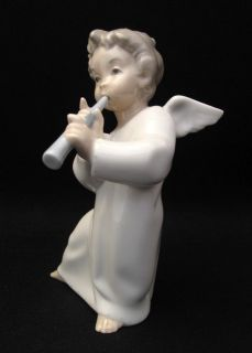 EXQUISITE LLADRO PORCELAIN ANGEL PLAYING FLUTE FIGURINE 4540 RETIRED