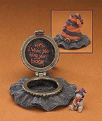 Boyds Bears Resin Hildas Haunted Hat Treasure Box 2008 Retired