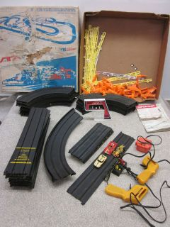 Aurora Slot Car Set HO Scale Original Box 1977
