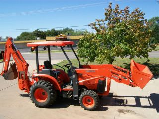 2008 Kubota L39 4x4 Compact Tractor Loader, Backhoe, with Forks and 2