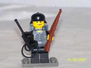 lego minifig ww2 german soldier radio man with accessories time