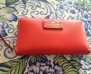 Kate Spade Red Neda Wellesley Clutch Wallet NWT $198 List, Gift Box