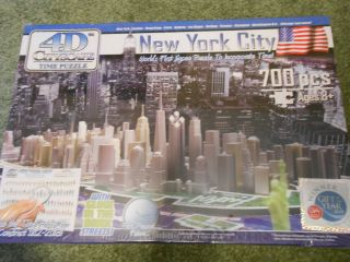 4D CITYSCAPE TIME PUZZLE  NEW YORK CITY SKYLINE 700 pcs Glow in Dark