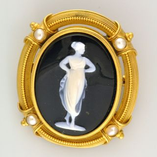 Black Stone Cameo Antique 18K Yellow Gold