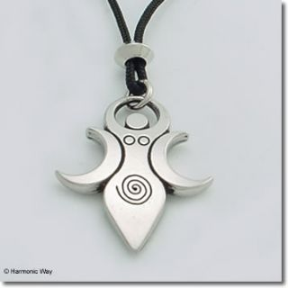 to description for size artemis the moon goddess necklace i am artemis