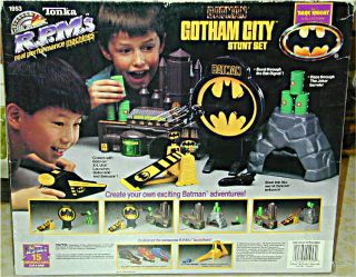Vintage Batman Batmobile Gotham City Playset Tonka RPM Batcave Stunt