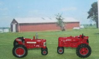 Fantastic Bargain 12 PC Farm Tractors Hay Bales Equipment