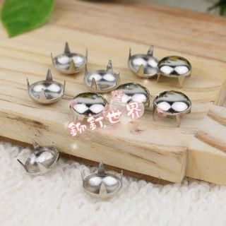 100pcs 8mm Silver Round Cone Studs Rivets Spikes Punk Bag Belt