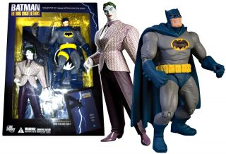 BATMAN DARK KNIGHT RETURNS Collector Set BATMAN JOKER Figures DC