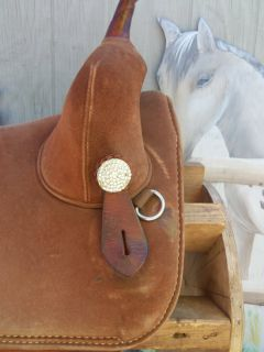 Circle Y Bob Marshall Barrel Racing Treeless Western Saddle 15 15 5