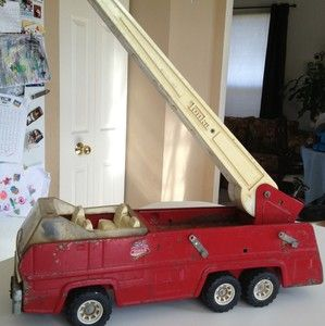 Vintage 1960's Tonka Extension Ladder Fire Truck