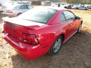 Used 99 00 01 02 03 04 Ford Mustang Rear Axle Assembly