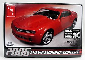 AMT 631 2006 Chevy Camaro Concept Car 1 25 Scale Model Kit