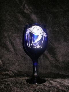 Etched Cobalt Blue Wine Glass with Sea Turtle Design