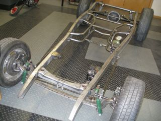 1932 FORD ROLLING CHASSIS FRAME COUPE SEDAN ROADSTER TRUCK CHEVY