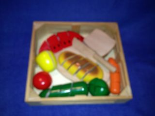 Melissa Doug Wooden Food Cutting Board Set 32 pcs Pretend Play Veggies