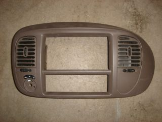 Ford Expedition 97 02 F150 RADIO CLIMATE TRIM BEZEL Dash Tan surround