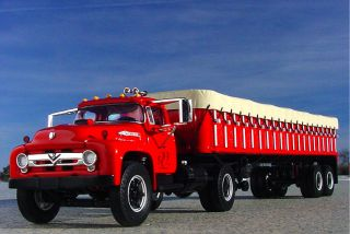 HTF   C.L.WERNER 1956 FORD F800 Truck & Covered Wagon   First Gear