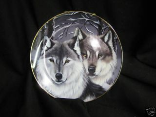 Eyes of Winter Wolf by Cassandra Graham Franklin Mint Plate