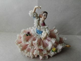 Beautiful Vintage Dresden Lace Porcelain Lady Dancer Figurine 2 of 2
