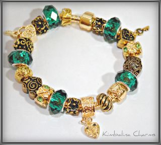 Style Gold Charm Bead Bracelet with Geen and Gold Beads