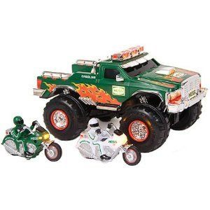 2007 Hess Gas Station Toy Monster Truck with Motorcycles Christmas