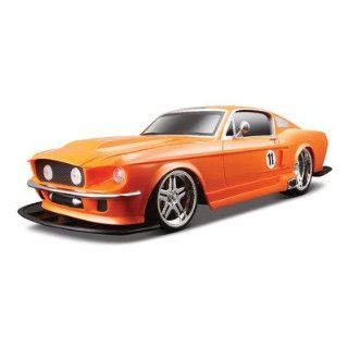110 R/C FORD MUSTANG 1967 (RED) Toys & Games