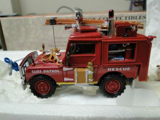 Matchbox Fire Engine Series Land Rover Rescue Vehicle