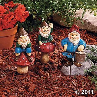 New Gnome Plant Stakes Outdoor Garden Yard Decor