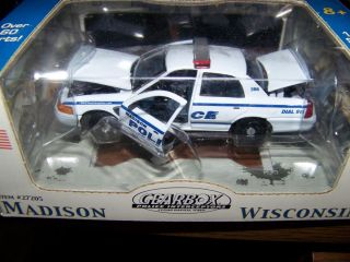 Madison Wi Police 2004 Ford Crown Vic Premier No Number Box