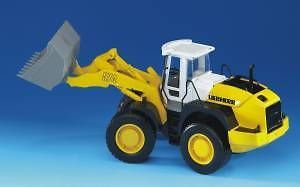 Bruder Toys Liebherr Articulated Road Loader L 574 NEW