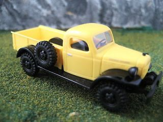 Busch (HO 187) Dodge Power Wagon   Pick up (Yellow) #44000