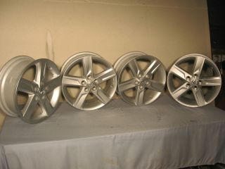 17 Toyota Camry Alloy Wheel Set 4
