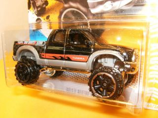 Hot Wheels 10 Toyota Tundra Double Cab V8 Black Silver 40 50 40 247